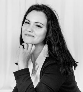 Oana Mihaela Constantinescu,  organizare conferinţă  oana@mamicaactiva.com